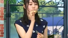 literally-just-itou-miku-eating-for-11-minutes